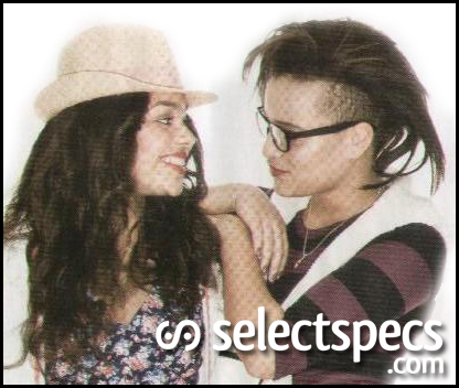 Skins-Stars-Wear-SelectSpecs-Glasses2