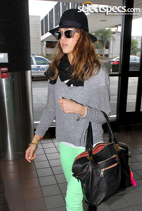 Jessica Alba in large sunglasses and hat - SelectSpecs