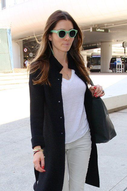 xpastel-sunglasses-jessica-biel.jpg.pagespeed.ic.vuLBAymeqU