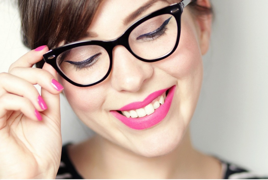matching-your-make-up-to-your-glasses