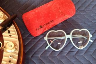 Elton-John-Glasses-Stolen-from-Museum