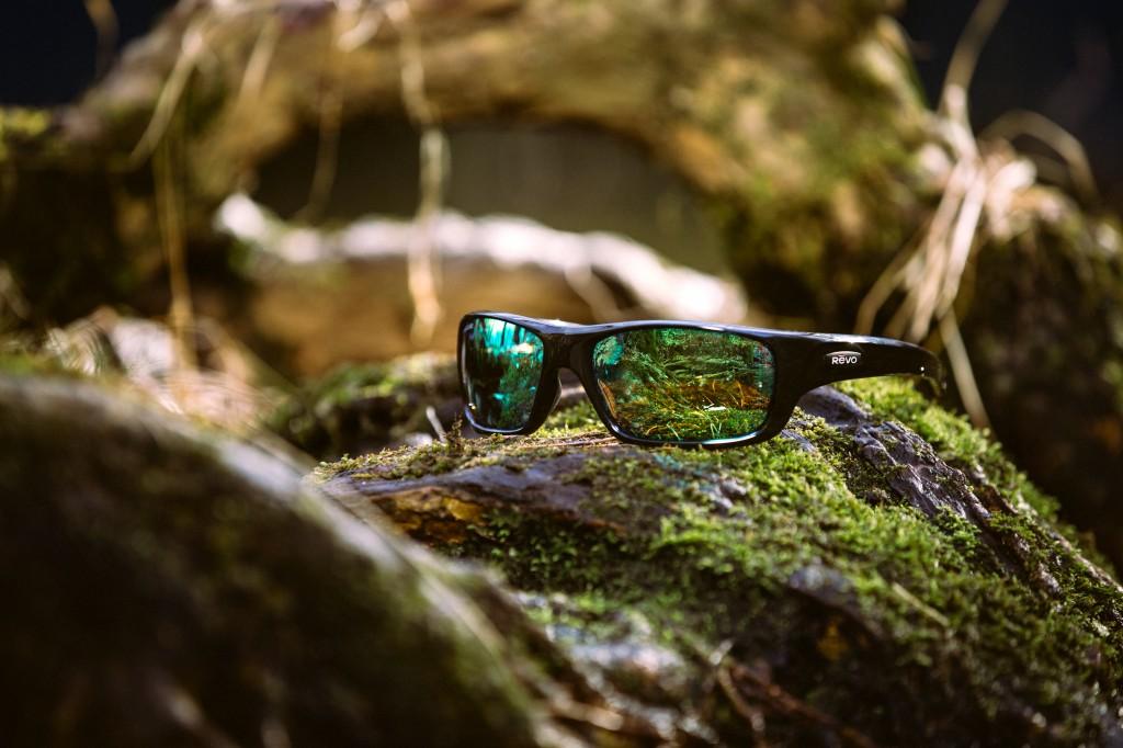 REVO-sunglasses-polarized-green-lenses