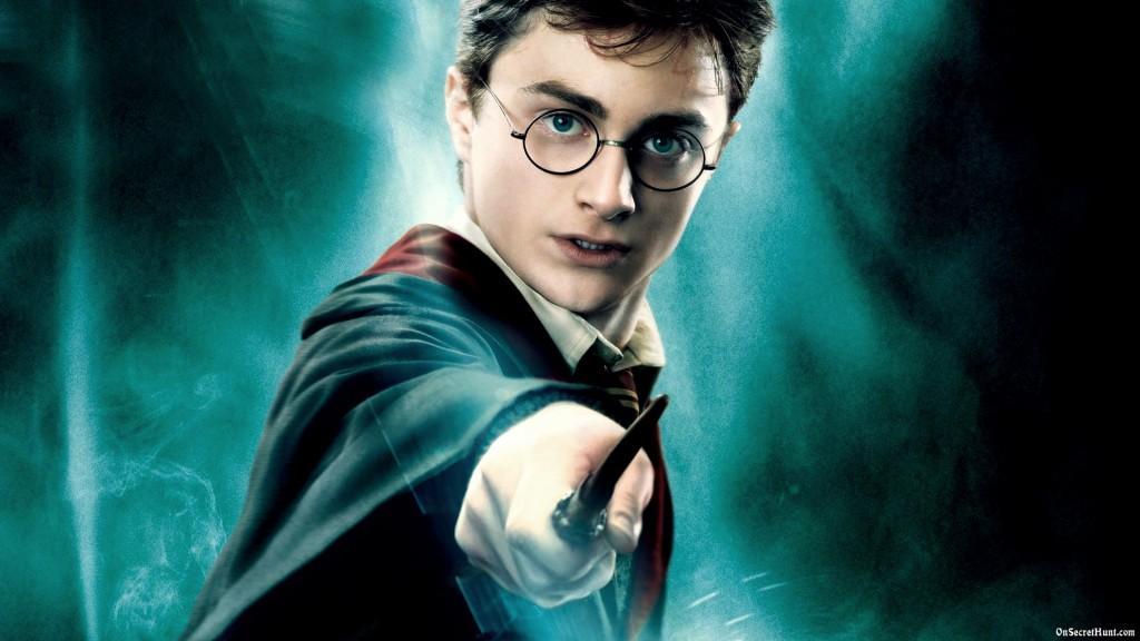 Harry-Potter-Daniel-Radcliffe-Famous-for-Round-Glasses
