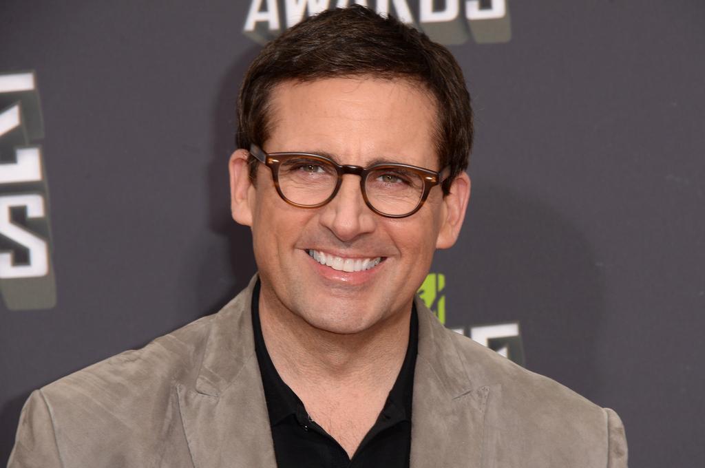 Celeb Who Wear Glasses