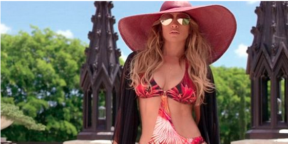 J-Lo in Back it up music video with Pitball and Prince Royce