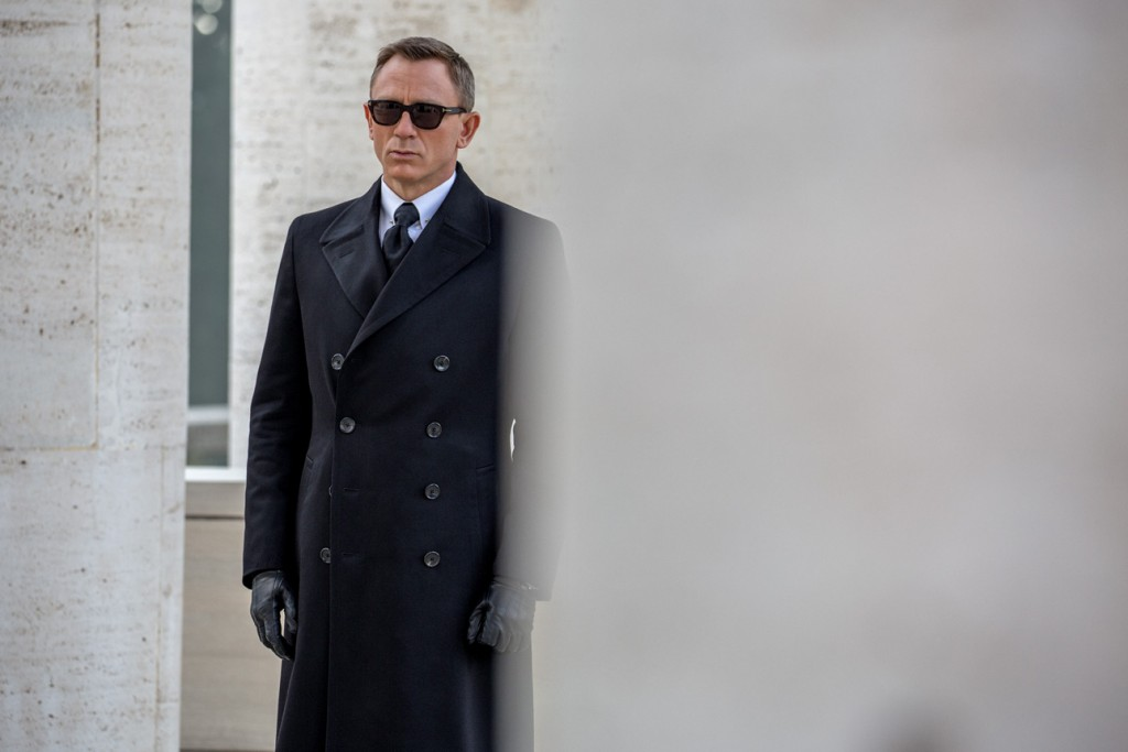james-bond-spectre-sunglasses-daniel-craig