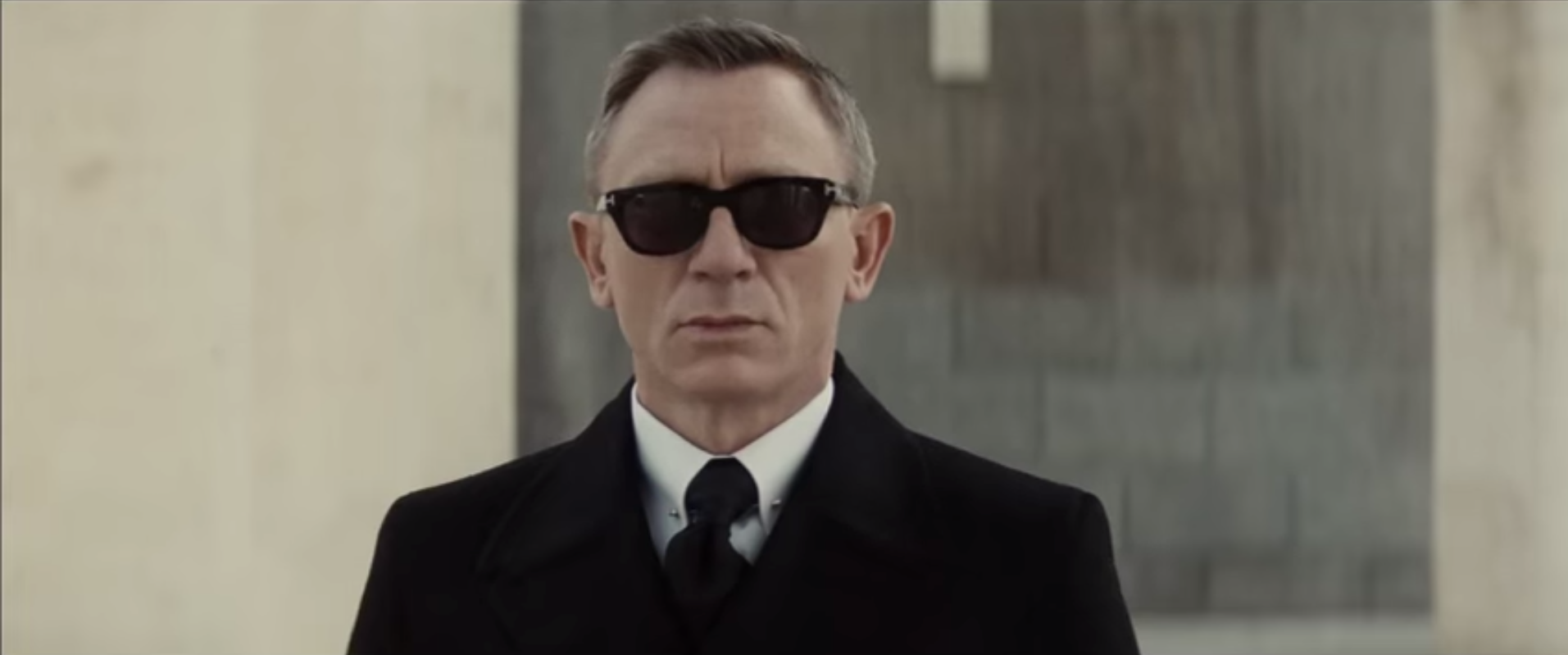 james-bond-spectre-sunglasses