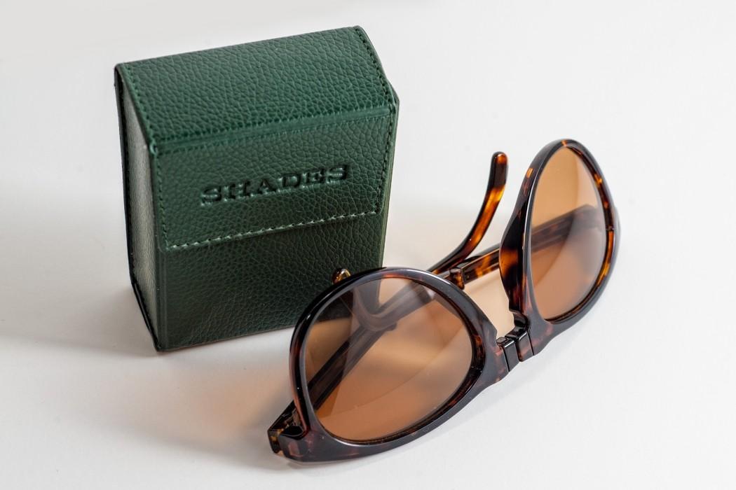 Folding-Sunglasses-Box Feature