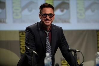 Robert_Downey,_Jr._sunglasses_wife_anniversary