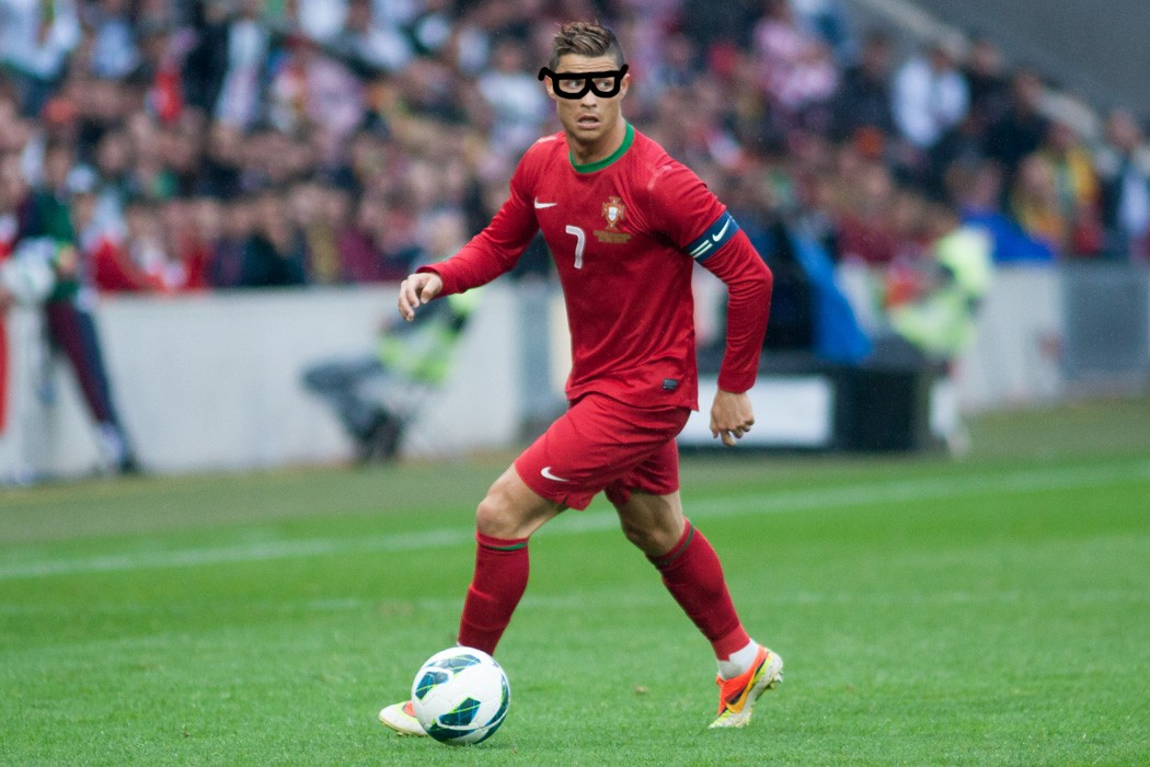 6 iconic footballers who wear glasses fashion lifestyle by