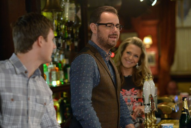 Danny_Dyer_Mick_Carter_Eastenders_glasses