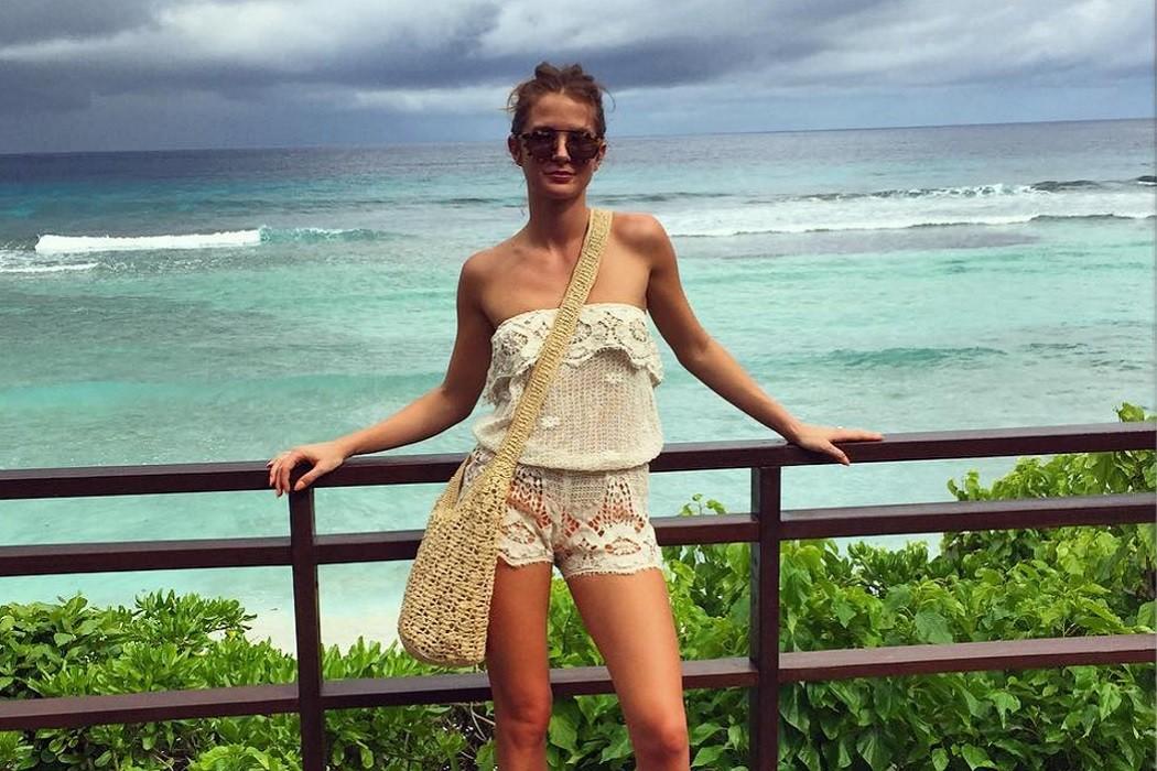 Millie Mackintosh Maldives holiday sunglasses style