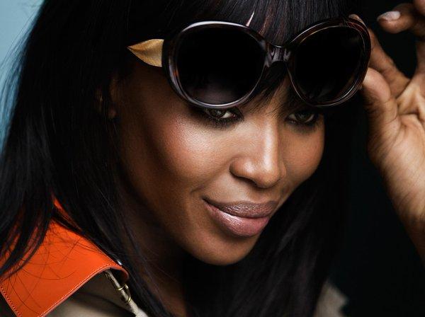 Naomi Campbell Burberry sunglasses SS16