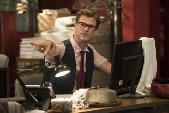 Chris Hemsworth Ghostbusters glasses