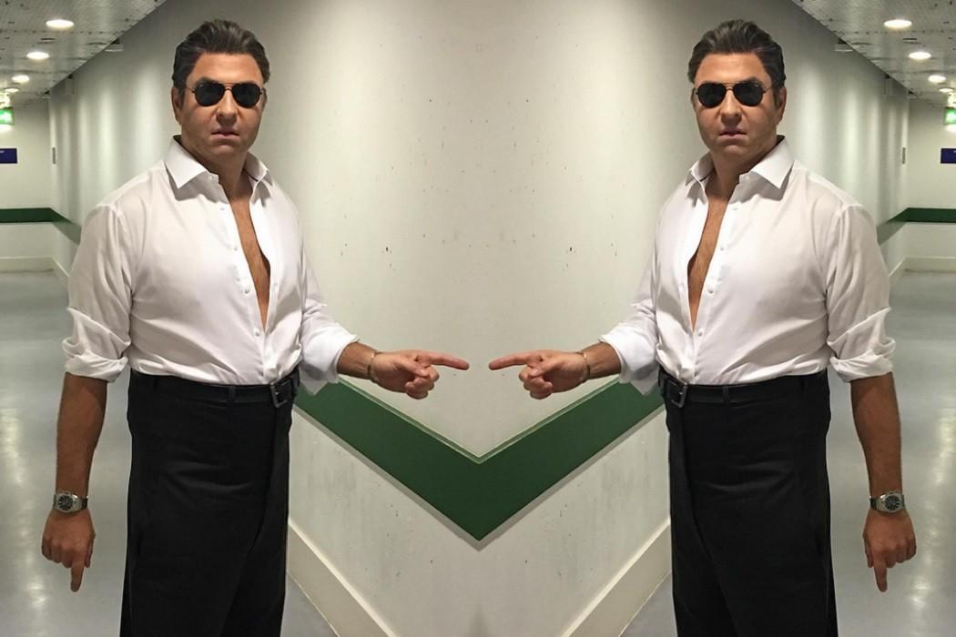 David Walliams wears Ray Ban sunglasses dresses as Simon Cowell
