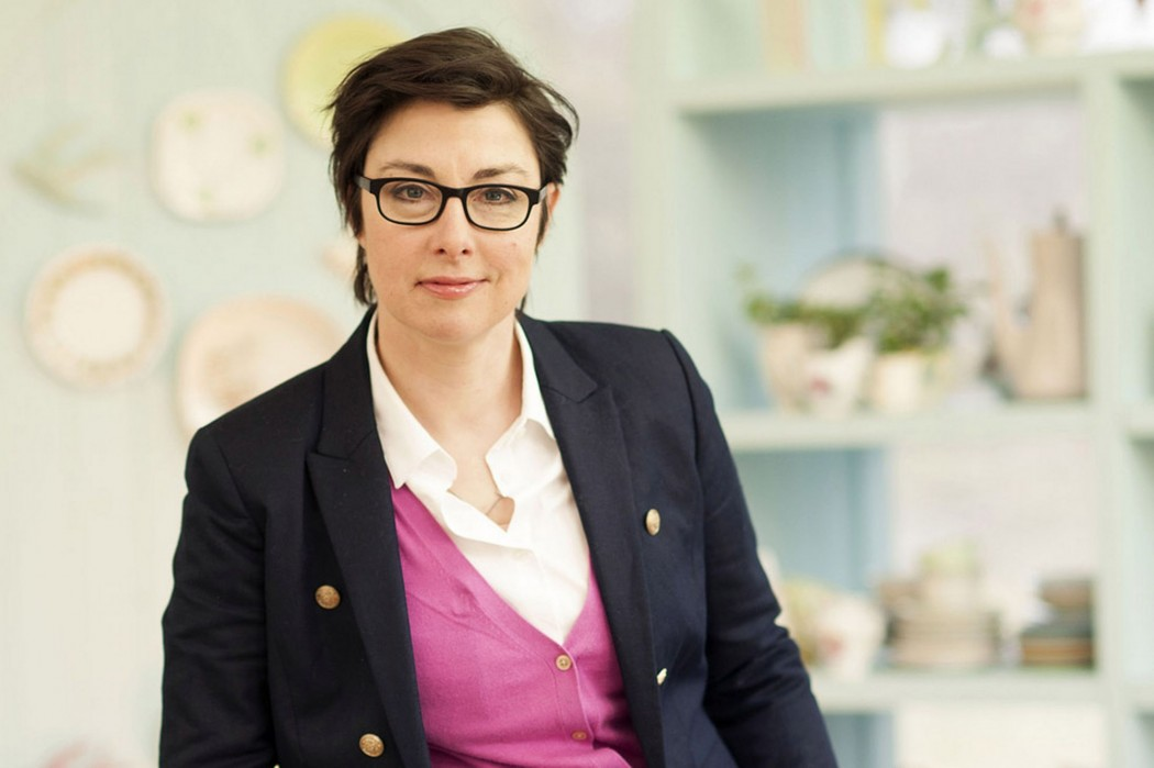 Sue_Perkins_glasses