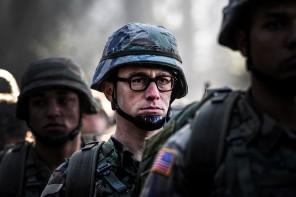 Exposing Joseph Gordon-Levitt's Glasses in Snowden