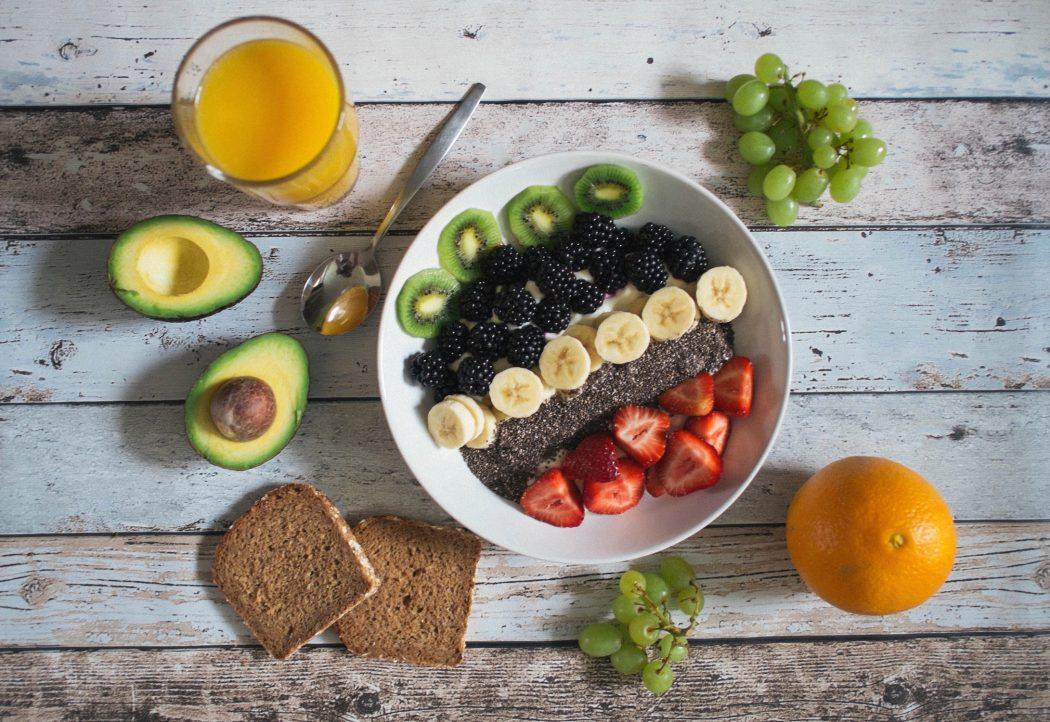fruit and yoghurt breakfast