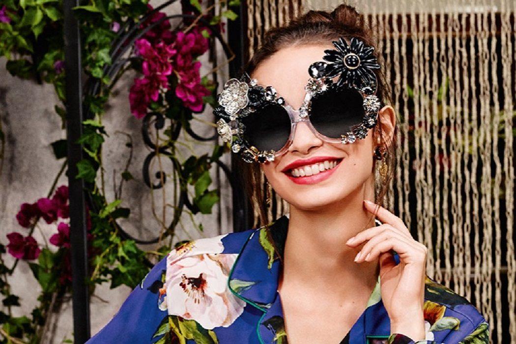 bc64ebee63ba 2017 Designer Statement Sunnies. wackiest sunglasses 2017