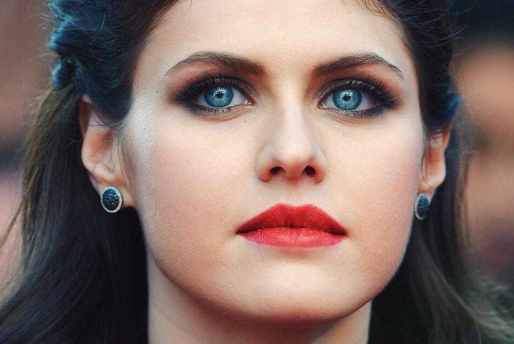 Alexandra Daddario Eyes
