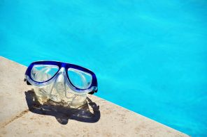 The Benefits of Swimming Goggles
