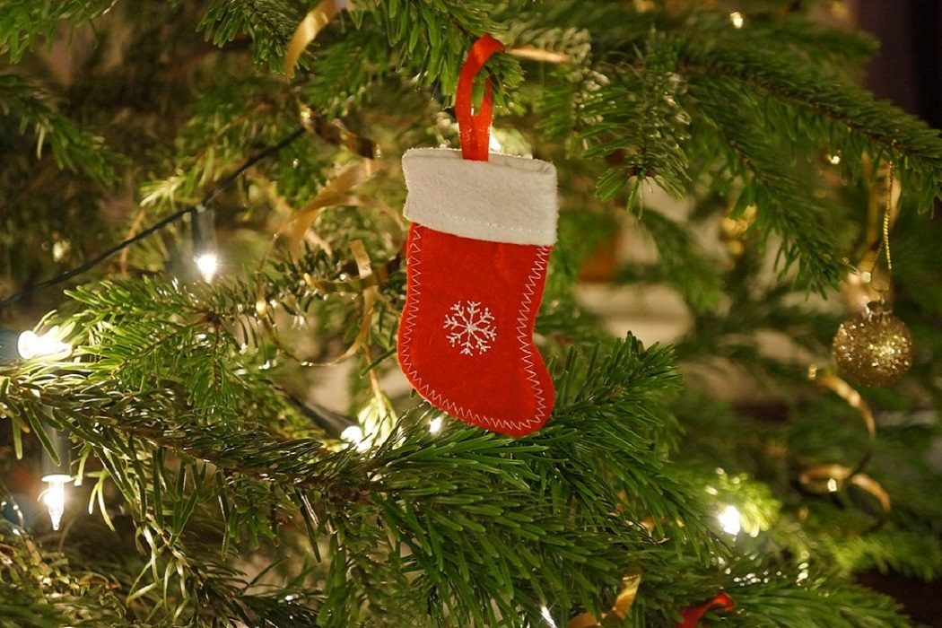 christmas stocking fillers glassed wearers