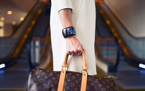 Iconic Designer Accessories Fashion Bloggers Louis Vuitton