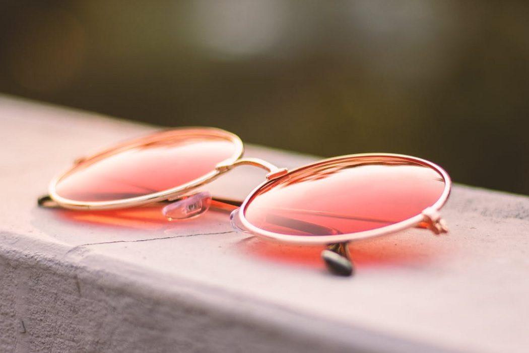 Living Coral Pantone 2019 sunglasses accessories fashion