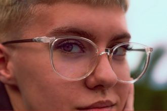 AW20 Trend Transparent Glasses with Warm Accents